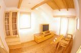 modelhouse23.jpg